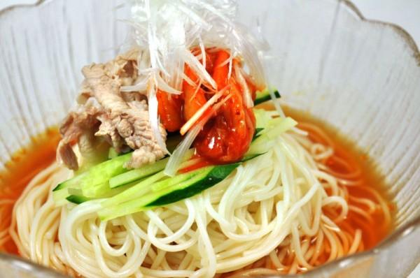 そうめんアレンジレシピ:韓国冷麺風