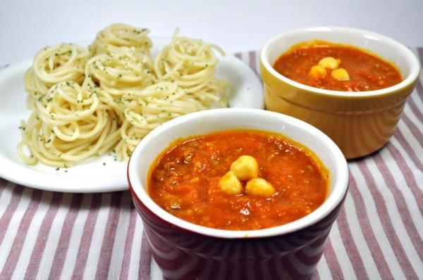 つけパスタ:チクピー豆入りミートソース