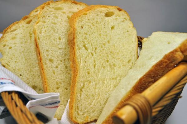 ミミまで美味しい有機小麦粉の食パン