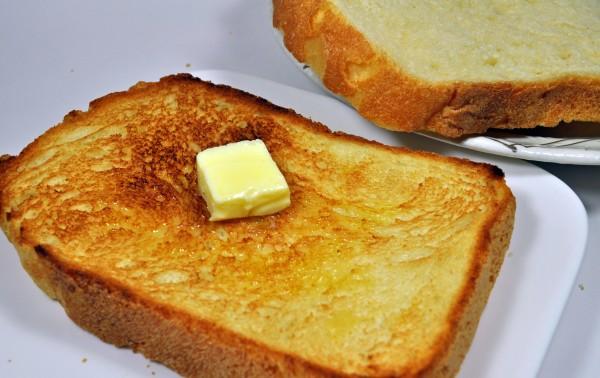 ホームベーカリーで作る食パンのレシピ